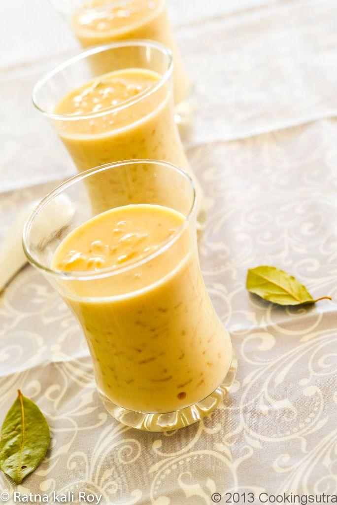 Patali Gurer Payesh (Rice Pudding with Jaggery)