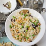 Chirer Polau :  Beaten Rice Pilaf