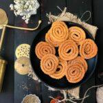 Chakli : Murukku : Savoury rice flour swirls